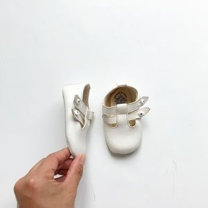 Vintage Chilprute Mary Jane shoes size 1 (0-6m)